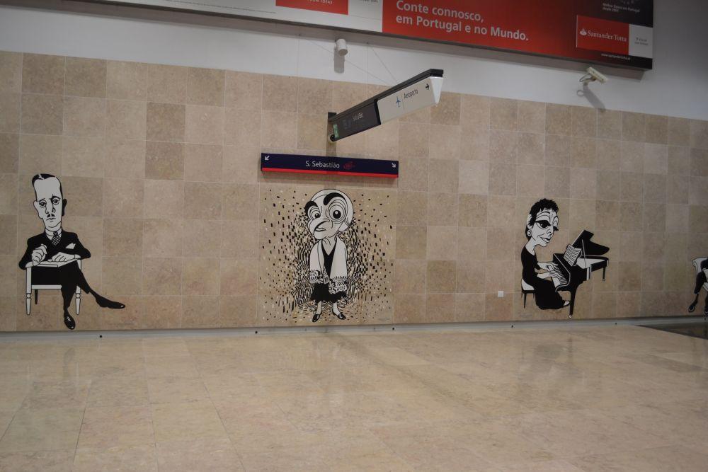 Stație metrou Aeroporto Lisboa caricaturi