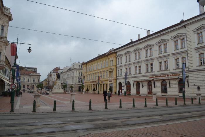 Spre piata Klauzal Szeged